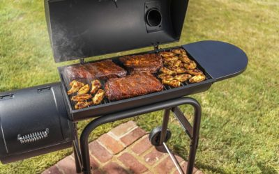 Things To Consider When Planning To Buy Smokers For Community Gatherings